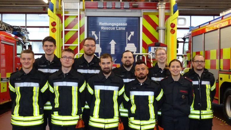 Feuerwehr Ausbildung Gruppenbild