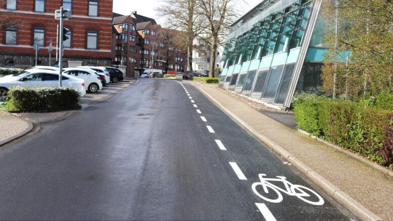 Fahrradstreifen am Rathaus Mettmann