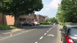 Fahrradstreifen auf der Laubacher Straße
